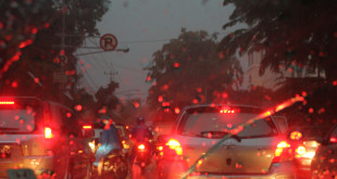 jakarta-rain-mean-traffic-jam
