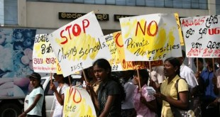 sri-lanka-university-students-protesting-against-privations